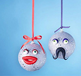 Upcycle Christmas Baubles